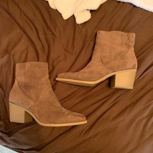 Shoes - Forever 21 western boots. Women's 9
